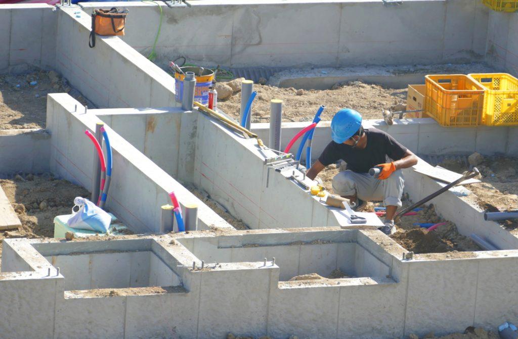 建築の基礎工事の様子