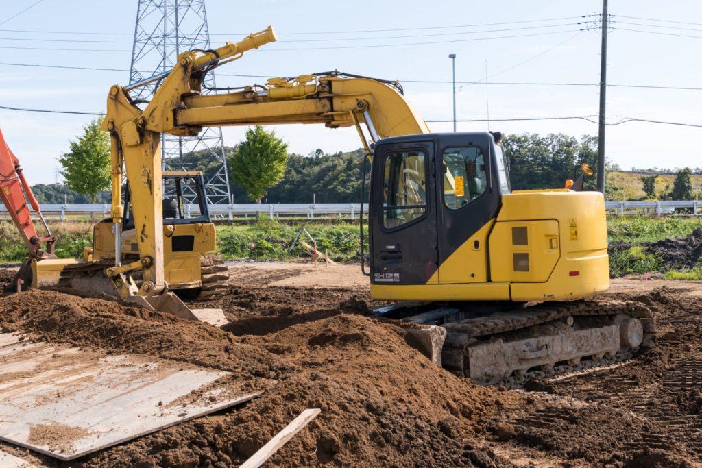 土木工事。道路の路床工事の様子