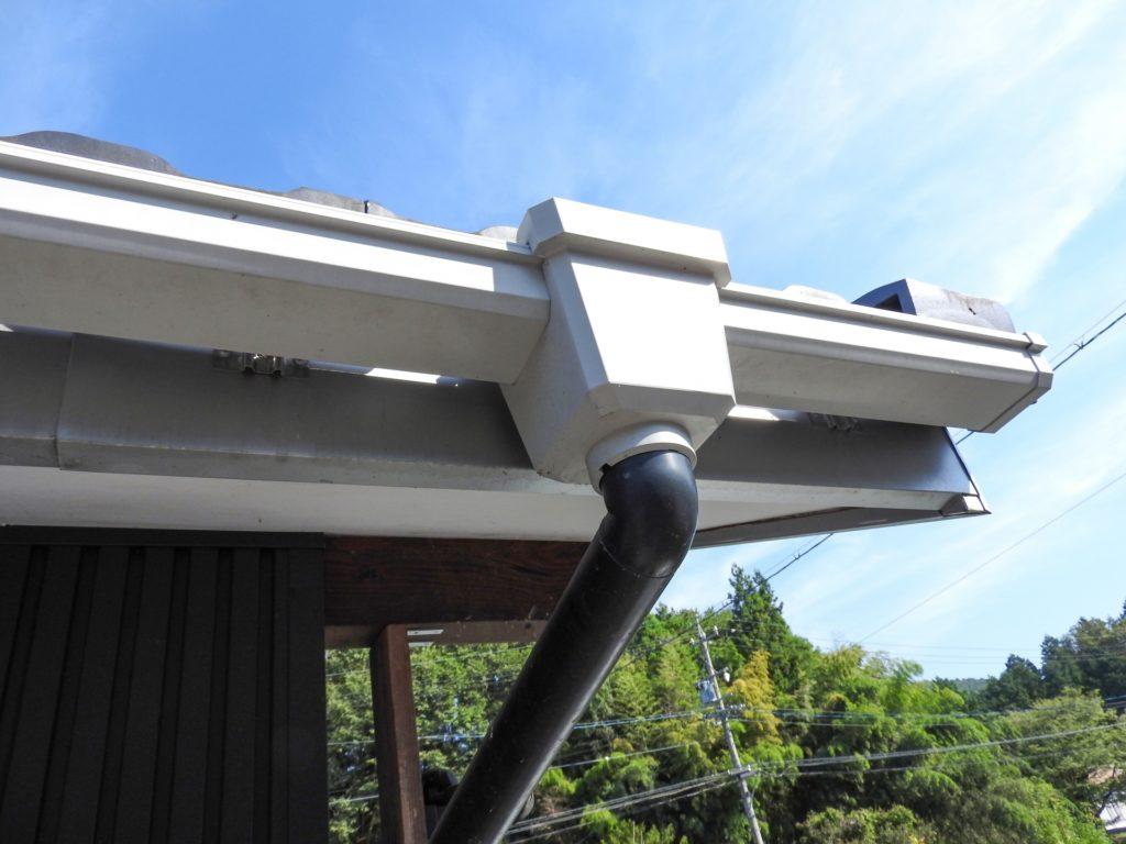 屋根の雨樋