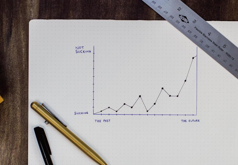 紙に書いた折れ線グラフ