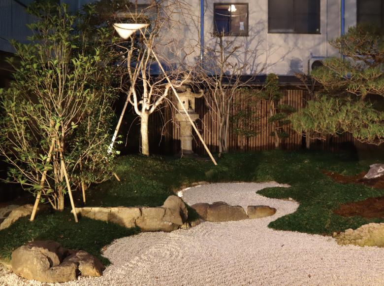 住宅のお庭、ライトアップ